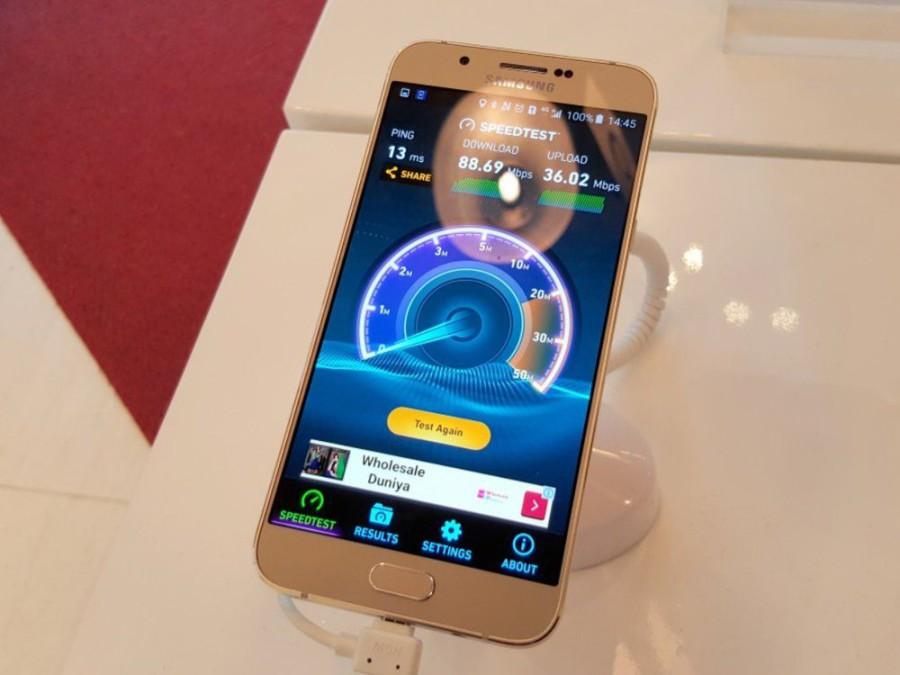 Фото Samsung Galaxy A8