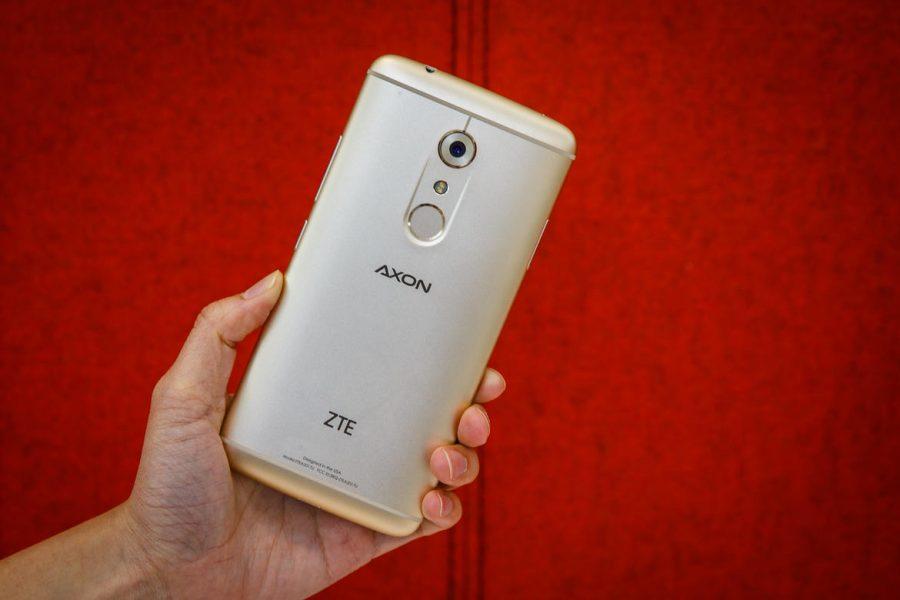 Камера ZTE Axon 7