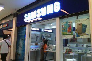 Цена Samsung Galaxy S8 будет меньше, чем у предшественников