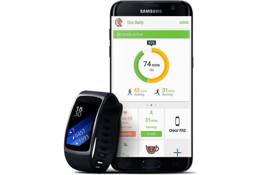 Работа Samsung Gear Fit 2 в паре со смартфоном