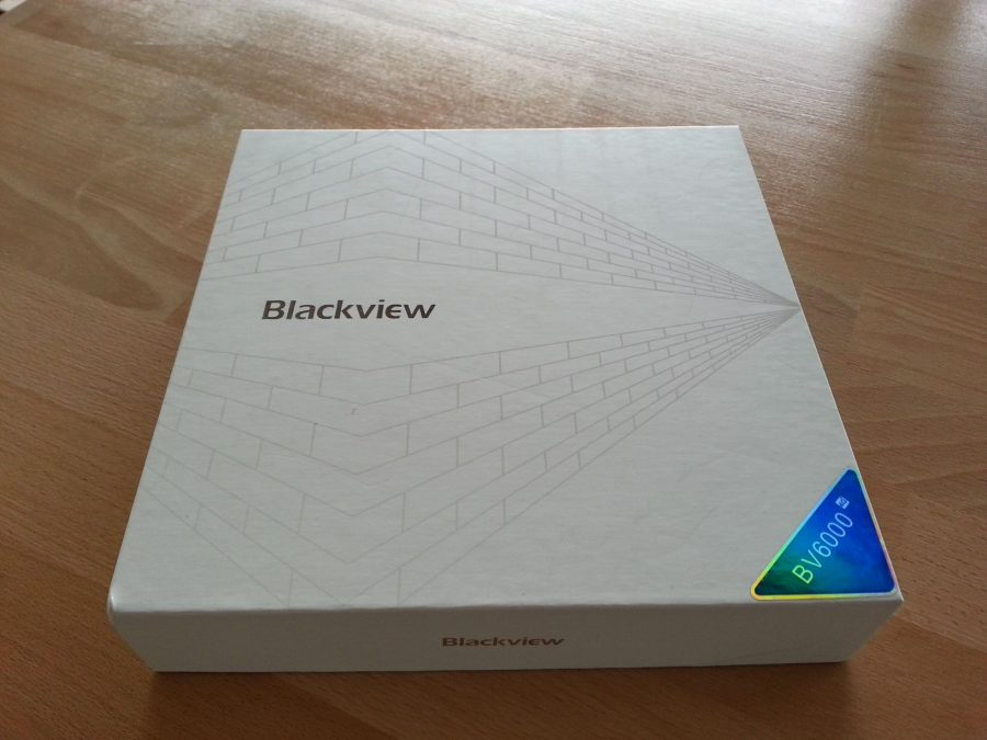 Коробка Blackview BV6000
