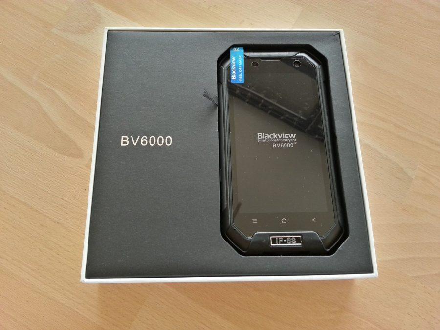 А вот и собственно сам Blackview BV6000