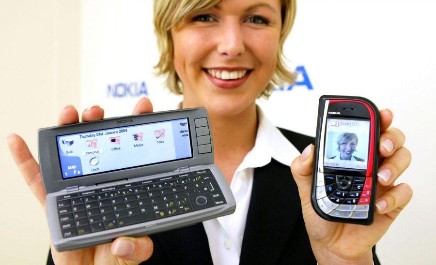 """""""Женский"""" Nokia 7610 и """"мужской"""" Nokia 9200 смартфоны в сравнении"""