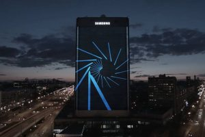 """Корейцы """"спрятали"""" Samsung Galaxy Note 7 в Москве, но руферы его нашли"""