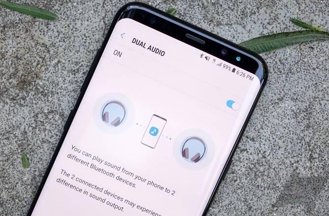 Как настроить режим Dual Audio на Samsung Galaxy S8