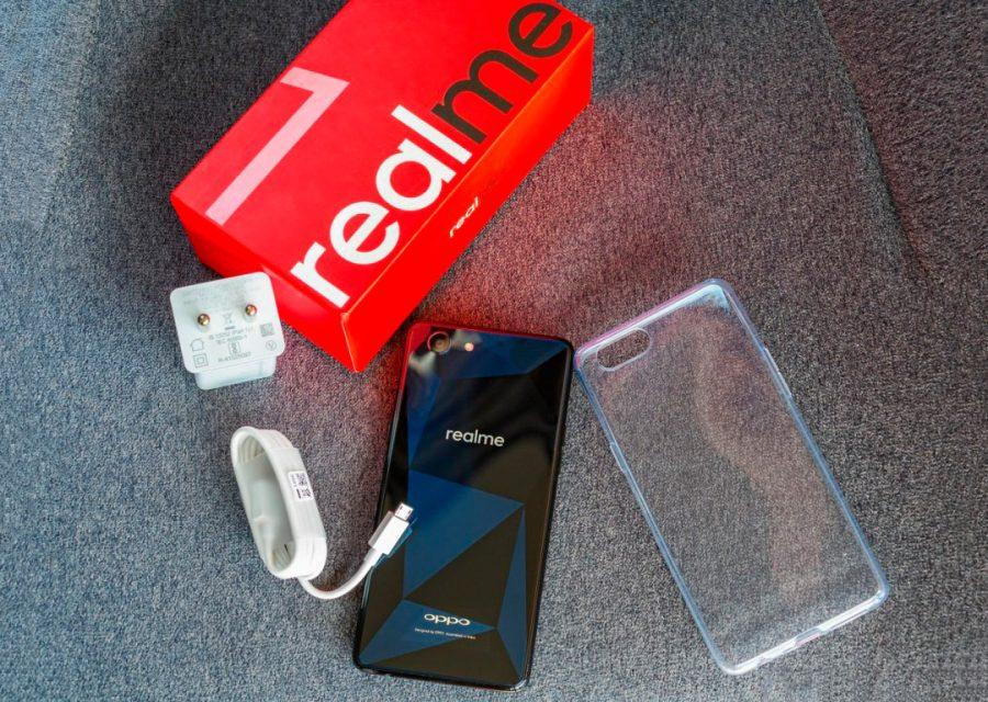 Комплектация Oppo Realme 1