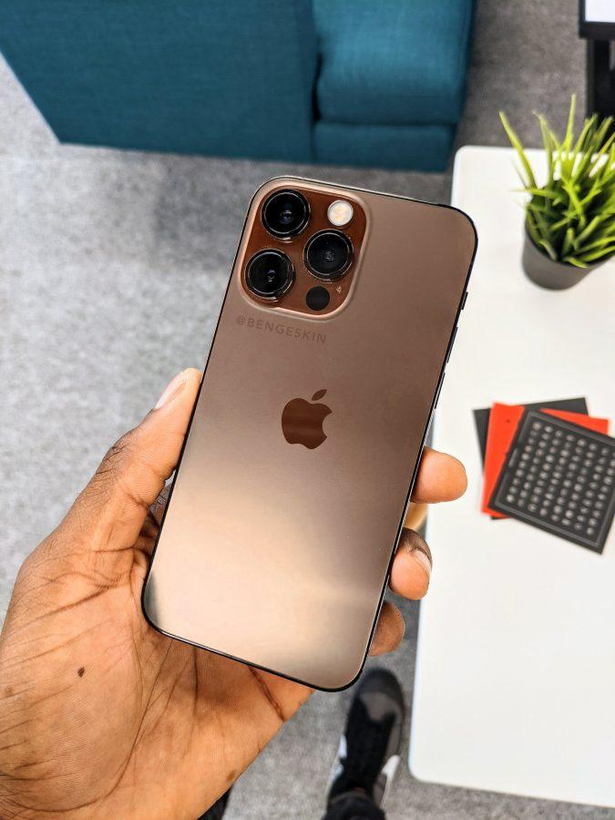 Apple iPhone 13 Pro в бронзовом цвете