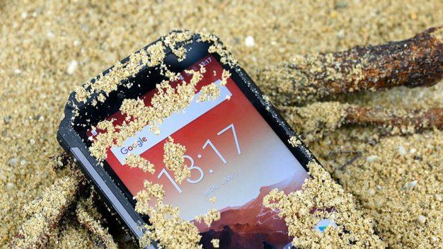 Big-Battery-Smartphones.jpg