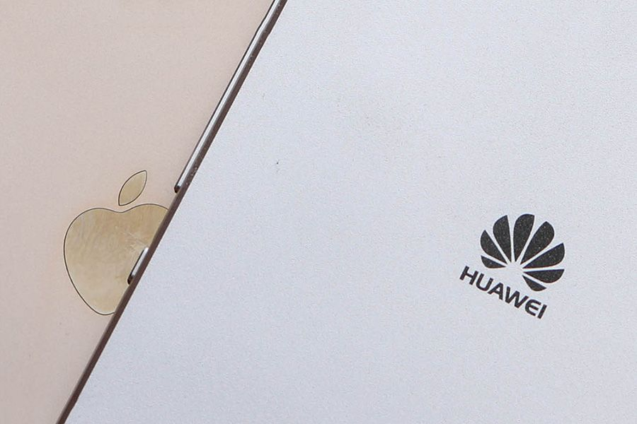 Huawei-Mate-10-vs-Apple-iPhone-8.jpg
