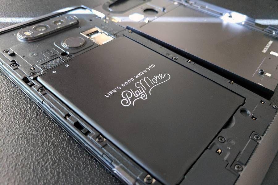 LG-V30-2.jpg