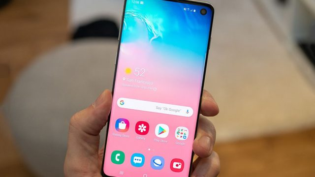 Samsung-Galaxy-S10-Display.jpg