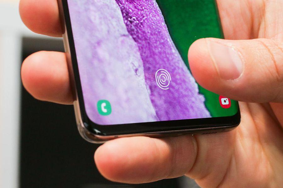 Samsung-Galaxy-S10-Finger.jpg