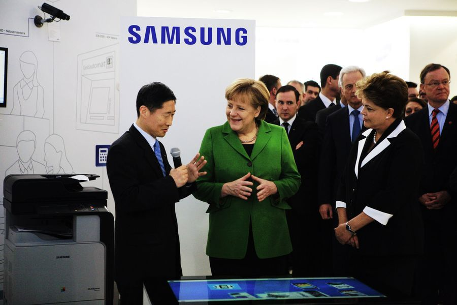 merkel-and-samsung.jpg